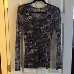BKE - buckle - floral sheer long sleeve top Feel free to ask any questions! Purchased @ Buckle. Offer to bundle any of my  items for an extra low price and I will strongly consider! Moving and hoping to sell quickly. BKE Tops Tees - Long Sleeve