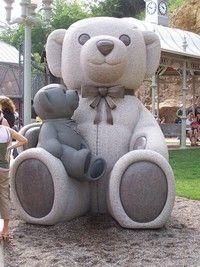 Teddy bear statue at Teddy Bear Park, Stillwater, MN