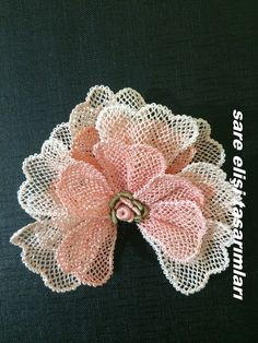 This Pin was discovered by asl Shabby Chic Flowers, Lace Flowers, Crochet Flowers, Fabric Flowers, Bruges Lace, Fabric Flower Tutorial, Point Lace, Needle Lace, Lace Making