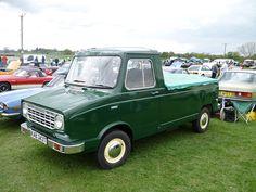 Leyland Sherpa Pick-up Vintage Vans, Commercial Vehicle, Flower Beds, Pick Up, Broncos, Pickup Trucks, Awkward, Jaguar, Cars And Motorcycles