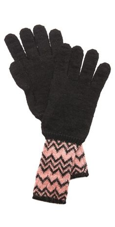Missoni Zigzag Shimmer Gloves Missoni, Designer, Vintage Outfits, Gloves, Autumn, Womens Fashion, Accessories, Christmas, Style
