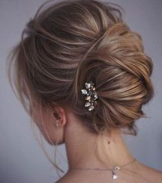 Hair Updos Chignon French Twists For 2019 Wedding Hairstyles For Long Hair, Wedding Hair And Makeup, Bride Hairstyles, Messy Hairstyles, Hairstyle Wedding, Hairstyle Ideas, Wedding Nails, Hair Wedding, Hair Ideas