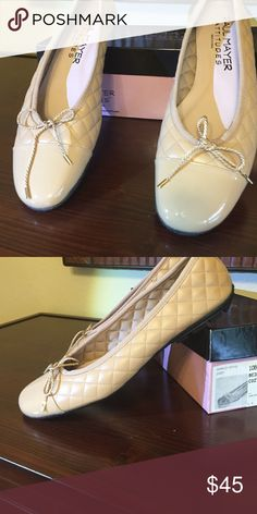 Paul Mayer quilted flats with patent toe Paul Mayer quilted flats with patent toe. Never worn. Size 10. Paul Mayer Shoes Flats & Loafers