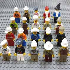 Mini Decool 20pcs Different Mini Doll Sets Toy Compatible With City Santa Claus Police Pirate Movie Technic