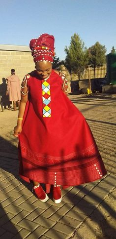 Seshoeshoe Dresses, African Maxi Dresses, Latest African Fashion Dresses, African Print Fashion, Party Dresses, Setswana Traditional Dresses, Traditional African Clothing, Traditional Fashion, African Attire For Men