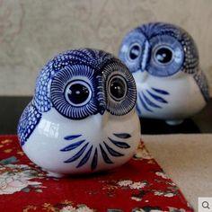 Bule y blanco ceramica buho coruja figuritas kawaii ornamento artesanías de cerámica decoración del hogar decoración de la habitación de porcelana estatuilla(China (Mainland))