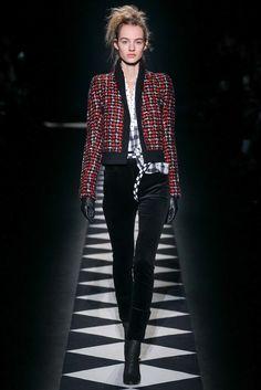Haider Ackermann Fall 2015 Ready-to-Wear Fashion Show - Iris Strubegger