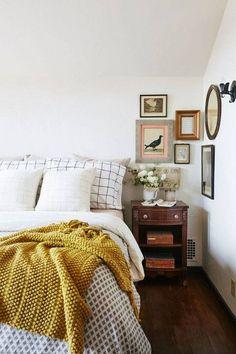 Best Bedroom Decor of 2017- vintage