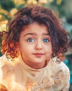 Cute Little Baby Girl, Beautiful Baby Girl, Beautiful Eyes, Cute Kids Pics, Cute Baby Girl Pictures, Cute Girls, World's Cutest Baby, Cute Baby Girl Wallpaper, Cute Babies Photography