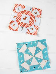 so love these blocks from fwqal - particularly the Heather Ross goldfish and kei dots, so clever and sweet. from fussy cut. Quilting For Beginners, Quilting Tips, Quilting Projects, Sewing Projects, Patchwork Quilting, Dear Jane Quilt, Farmers Wife Quilt, Single Quilt, Girls Quilts
