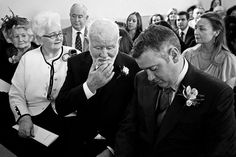 A documentary photograph of wedding guests waiting for the ceremony to start in a small church in Boston, Massachusetts Gina Brocker Photography Boston Massachusetts, In Boston, Documentary, Waiting, Wedding Photography, Couple Photos, Beautiful, Wedding Shot, Couple Photography