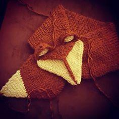 Ravelry: Foxy Loxy Scarf pattern by Myjah Conant