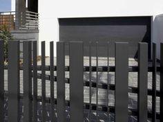 Elegant Black Fence For Minimalist Home