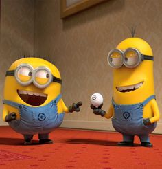 Minions is an animated movie character that is very popular among adults and children. Let us try to make a fun and healthy ice cream based on its image! Banana is the favorite food of Minions, and certainly not missing. Amor Minions, Minion Movie, Minions Quotes, Minion Humour, Minion S, Cute Minions, Minion Banana, Funny Minion, Minions Despicable Me