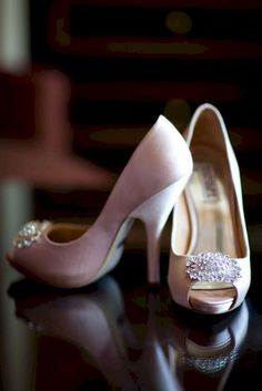 Nice 41 Absolutely Stunning Classy Wedding Shoes https://bitecloth.com/2017/06/10/41-absolutely-stunning-classy-wedding-shoes/