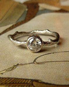 Round Moissanite Branch Ring (kateszabone)