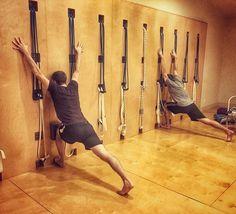 A #virabhadrasana1 variation #vira1 #tryiyengar #iyengaryoga #yoga #yogaforeveryone #yogadaily #yogagram #yogafun