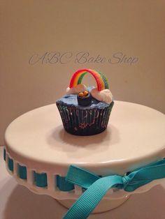 Rainbow and Pot of Gold Cupcake