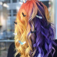 31 Beautiful Double Hair Color Ideas 2018 - Most stylish hairstyles Short Weave Hairstyles, Wig Hairstyles, Stylish Hairstyles, Curly Hair Styles, Natural Hair Styles, Halloween Hair, Hair Dye Colors, Rainbow Hair, Crazy Hair