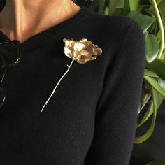 #flowersforever #finejewelry #18karat #18ctgold  #charlottelynggaard @olelynggaardcopenhagen #leafcollection