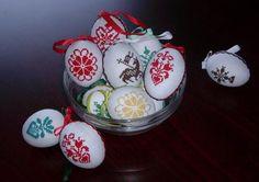 Крашанки - вишивка до Великодня 2012