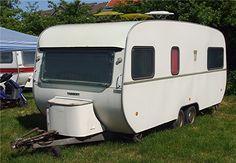 Une caravane Tabbert de 2 essieux des années 70'