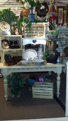 Display at Tri County Outreach Thrift Store Chiefland Fl. Consignment Store Displays, Consignment Shops, House Layouts, Shop Ideas, Thrifting, Restoration, Shed, Table Settings, Home Decor