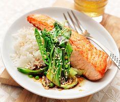 Recept: Lax med brynt sojasmör och pak choi Pak Choi, Asparagus, Turkey, Chicken, Dinner, Vegetables, Dining, Studs, Turkey Country