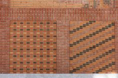 Detail of the bricks of the House of Memory of Milan by Baukuh. Photograph © José Juan Barba.