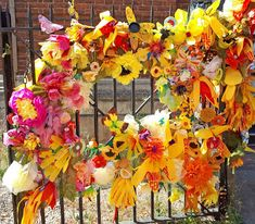 Hippystitch: York's Bloomin' Marvellous Flowerwall in Bloom! - Part 1 Orange Flowers, White Flowers, Community Art, Flower Making, Flower Wall, Kids And Parenting, Bloom, York, Crafty