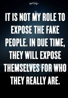 Fake friends are toxic friends, who why waste your time with people who don't care about you? These sassy quotes are all about fake friends - because who needs them? Bye Quotes, Karma Quotes, Sassy Quotes, Reality Quotes, Words Quotes, Quotes To Live By, Sayings, Fake Happiness Quotes, Wisdom Quotes
