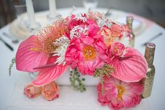 Photographer: Jessica M. Wood Photography & Sincerely, A. Photography,  Flowers: FlorUnique, via wedding chicks