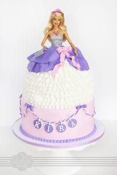 I like idea of necklace with name! Barbie Doll Cake