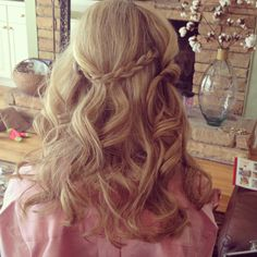 #Bridesmaid #hair #wedding #updo