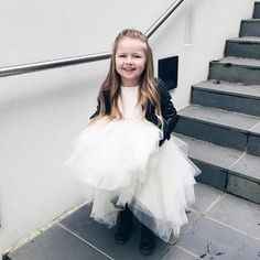 I love when Harlow's dress up choices inspire fun, fashionable ideas. We also love this @eve.jnr jacket.