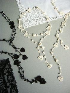 crochet lariat necklace http://yoyo-sha.blog.ocn.ne.jp/blog/2013/06/