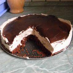 Egy finom Csokoládés-mascarponés gesztenyetorta ebédre vagy vacsorára? Csokoládés-mascarponés gesztenyetorta Receptek a Mindmegette.hu Recept gyűjteményében! Tiramisu, Eat, Ethnic Recipes, Food, Essen, Meals, Tiramisu Cake, Yemek, Eten
