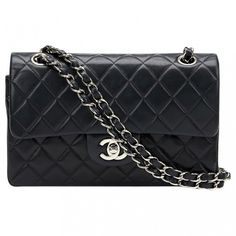 Timeless leather handbag CHANEL (€2.517) ❤ liked on Polyvore featuring bags, handbags, real leather handbags, chanel purse, quilted hand bags, chanel handbags and leather purses