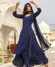 Lehenga Georgette Dupatto: net with… – slippiest-prime Party Wear Indian Dresses, Designer Party Wear Dresses, Pakistani Dresses Casual, Indian Gowns Dresses, Indian Fashion Dresses, Kurti Designs Party Wear, Dress Indian Style, Pakistani Dress Design, Indian Wedding Outfits