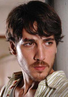 Alberto Ammann actor hispano-argentino de cine, teatro y tv. N.en 1978 en Ciudad de Córdoba. Argentina (lahiguera)