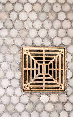 The Art of Choosing the Best Shower Drain - At the core of every great shower design is a great shower drain. Drains do more than look pretty — the good ones can deliver on both style and function. But, how do you choose the best shower drains for you? Home Design, Interior Design, Shower Fixtures, Brass Bathroom Fixtures, Bathroom Hardware, Gold Hardware, Shower Drain, Shower Floor, Bath Shower