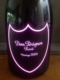 Champagne Bottles, Champagne Glasses, Don Perignon, Champagne France, Cigar Gifts, Champagne Birthday, Toasting Flutes, Luxury Packaging, Wine Glass