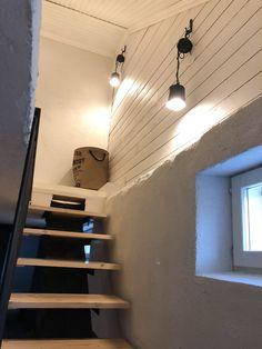 Stairway DIY, Stairway to cellar, Stairway ideas, DIY wall lamp, Ideoita portaikkoon, DIY Lamppu