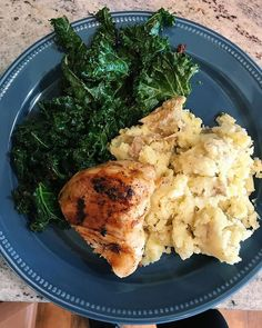 I love food. My meals today (post our Dr. Oz cleanse) have never tasted better! Ross made a frittata last night, I whipped up this chicken and garlic kale, sautéed in ghee, and leftover instant pot mashed potatoes for lunch, and 3 Day Cleanse, Garlic Kale, Clean Eating, Healthy Eating, Whole 30 Breakfast, Whole30 Recipes, Dr Oz, Frittata, Palak Paneer