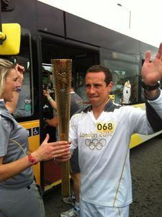 Gerardo Torrado capitán celeste en el camino de la antorcha olímpica de Londres 2012...