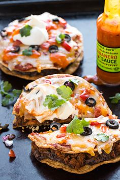 Mini Mexican Pizza | thecozyapron.com