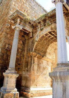 Hadrian's Gate / Antalya - TURKEY