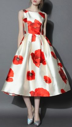 love this full floral dress