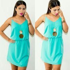 Olhem,  meninas  que lindo  esta outra opção  do vestido  Coral que postei hoje. Está  cor é  no P.  Visite nosso site :  WWW.SANTOLLO.COM.BR   Enviamos para todo Brasil.   #moda #model #fashion #vestidos #dress #talgui #temqueter #look #pretty ##uberaba #minasgerais