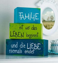 Schmucke Holzwürfel Source by Wood Crafts, Fun Crafts, Diy And Crafts, Craft Projects, Projects To Try, Craft Ideas, Wooden Cubes, Wood Working For Beginners, Decoration Table